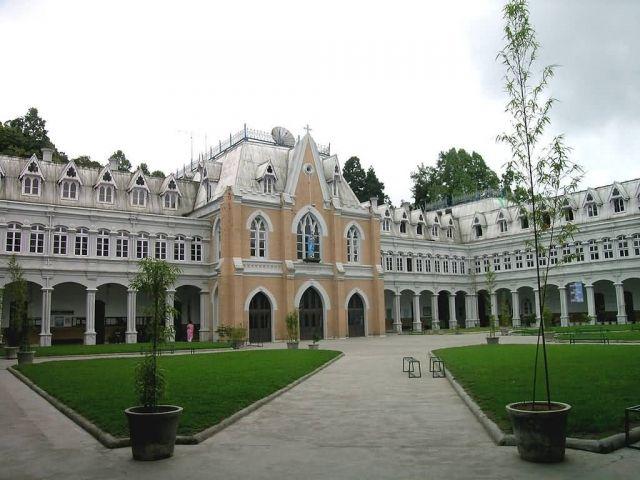 St. Joseph's School, Darjeeling Picture