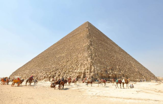 Great Pyramid of Giza Picture