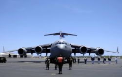 15th Airlift Wing - Hickam AFB welcomes its final C-17 Photo