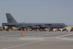 Minot Air Force Base - Air Force will get new bomber Photo