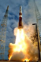 Delta IV booster - Launch of weather-tracking satellite successful Photo