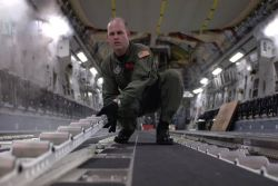 C-17 Globemaster III - C-17s deliver supplies to Kauai Photo