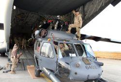 UH-60L Blackhawk - Load it up Photo