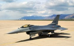F-16 Fighting Falcon - Italian falcon Photo