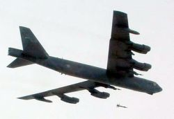 B-52 Stratofortress - B-52 dons new upgrade Photo