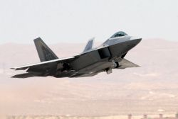 F/A-22 Raptor - Raptor take off Photo