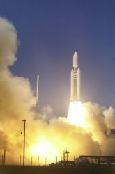 A U.S. Air Force Titan IVB space launch vehicle - Titan IVB liftoff Image