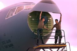KC-10 refueler - Nose job Photo
