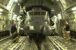 MH-53J Pave Low III - Globemaster lift Photo