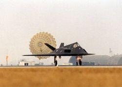 F-117 Nighthawk - Touch down Photo