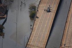 New Orleans - Airmen 'pave' way for help Photo