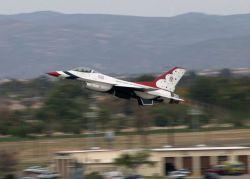 F-16 - I spy rolling Thunder Photo