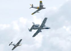 F-86 - Formation flying Photo