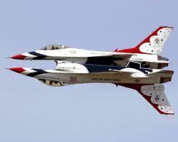 F-16 - Mirror image Photo