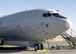 E-8C - Joint STARS duo reaches troops on the ground Photo