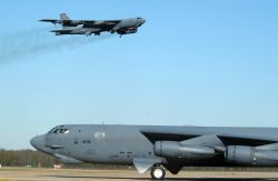 B-52H - Coming and going Photo