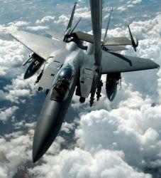 KC-10 - Fill'er up Photo