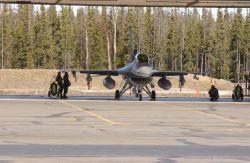 F-16 - Falcon ready Photo