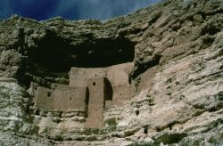 WO8125 Montezuma Castle Photo