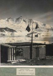 Hallett Station with Mt Photo