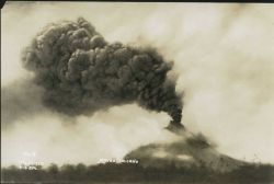 Mount Mayon in eruption on July 21, 1928. Photo