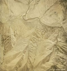 Aerial photograph of the Salmon River showing the rugged nature of the country Image