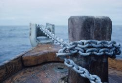 Anchor chain on launch off PATHFINDER. Image