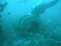 Diving on the windlass of the Kad'yak Photo