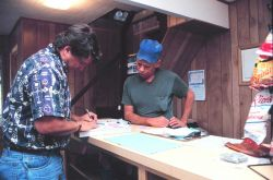 A Mississippi state biologist works with bait fishermen to conserve local stocks Image