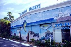 Many seafood markets, like this one in Madeira Beach, Florida, seem to work on the assumption that customers like to see what their next meal looked l Photo