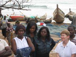 NOAA fisheries scientist Teresa Turk and Ghanaian observer trainees at artisanal landing site Photo