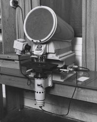Optical comparator assembly for imaging plankton Photo