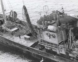 The Soviet SRT KANSK, AT1-0415, a small side trawler completing a haul Photo