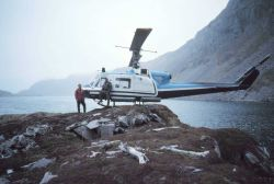 Bell helicopter landing in precarious position Photo