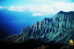 A knife-edge ridge on Kauai on the Na Pali coast Photo