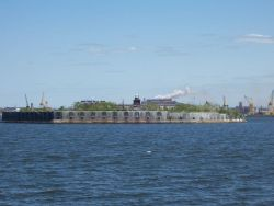 Fort Carroll Lighthouse in Baltimore Harbor. Photo