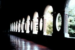 Arches in an alcove of a Lima cathedral. Image