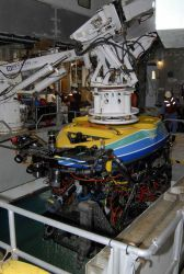Recovering the remotely operated vehicle (ROV) Tiburon on the WESTERN FLYER. Photo