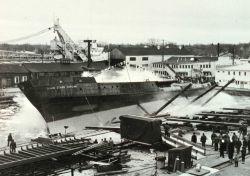 Launching of the DAVID STARR JORDAN at Christy Shipyard. Photo