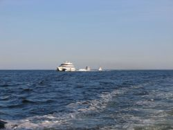 Sea Jet I, the Foxwoods ferry running past the New London Ledge Lighthouse. Photo