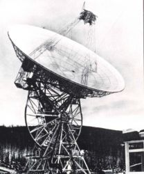 An 85-foot diameter parabolic antenna used to send commands and receive information from meteorological satellites. Photo