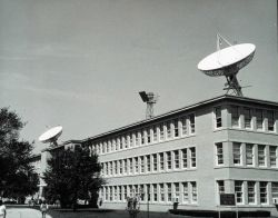 GOES satellite antenna at the National Environmental SatelliteService building. Photo