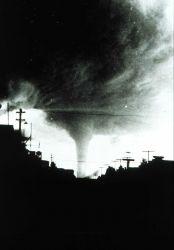 Tornado approaching Canadian city Photo