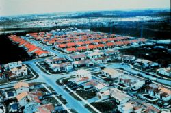 Hurricane Andrew - Note contrast between neighborhoods The difference between good and best concrete block stucco construction Which would you choose? Photo