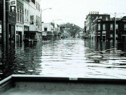 Spring floods along the Mississippi River Photo
