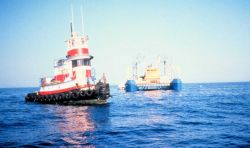 AQUARIUS is towed to the Conch Reef off Key Largo for its third deployment. Image