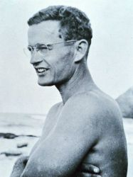Fisheries scientist Townsend Cromwell Photo