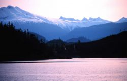 Alaska mountains in May Photo