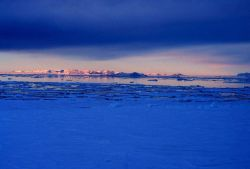 Transantarctic Mountains along the western edge of the Ross Sea Photo