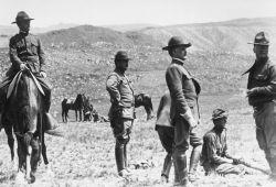 Soldiers at target range Photo